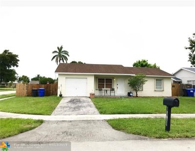 North Lauderdale Single Family Home For Sale: 7868 SW 4th Pl