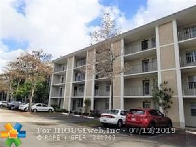 Lauderdale Lakes Condo/Townhouse For Sale: 2601 NW 48th Ter #148