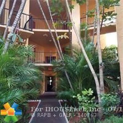 Pompano Beach Condo/Townhouse For Sale: 4314 NW 9th Ave #4- 2A