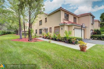Coral Springs Condo/Townhouse For Sale: 9834 Royal Palm Blvd #4-14