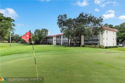 Pembroke Pines Condo/Townhouse For Sale: 211 S Hollybrook Dr #308
