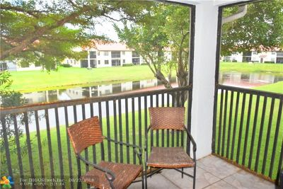 Deerfield Beach Condo/Townhouse For Sale: 402 Freedom Ct #402