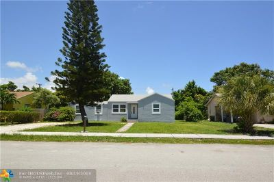 Delray Beach Single Family Home For Sale: 109 SW 7th St