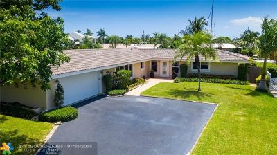 Pompano Beach Single Family Home For Sale: 2660 NE 24th St