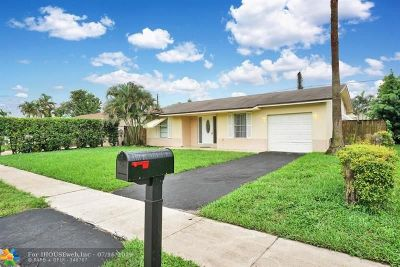 Boca Raton Single Family Home For Sale: 9662 SW 1st Pl