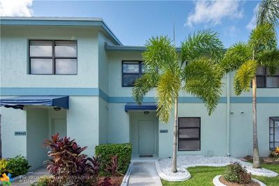 Boca Raton Condo/Townhouse For Sale: 9094 SW 21st Ct #9094C