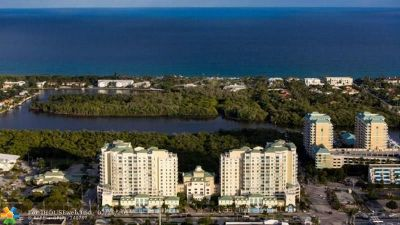 Boynton Beach Condo/Townhouse For Sale: 450 N Federal Hwy #902N