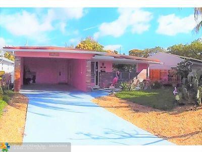Dania Beach Single Family Home For Sale: 258 SW 8th St