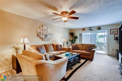 Lauderdale By The Sea Condo/Townhouse For Sale: 4629 Poinciana St #312