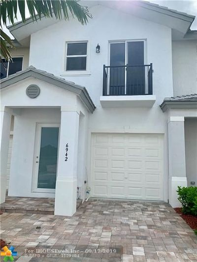 Coconut Creek Rental For Rent: 6937 Pines Circle
