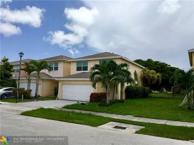 Pompano Beach FL Single Family Home For Sale: $325,000
