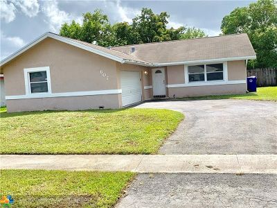 North Lauderdale Single Family Home For Sale: 607 SW 76th Ave