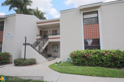 Plantation Condo/Townhouse For Sale: 9861 NW 3rd Ct #4