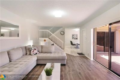 Deerfield Beach Condo/Townhouse For Sale: 2604 SW 15th St #2604
