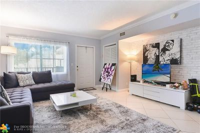 Fort Lauderdale Condo/Townhouse For Sale: 924 SE 2nd St #14
