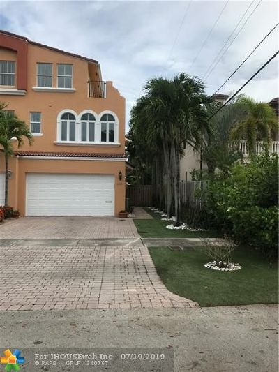 Fort Lauderdale Condo/Townhouse For Sale: 2630 NE 15th St #2630