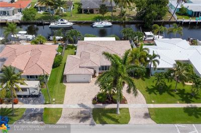 Pompano Beach Single Family Home For Sale: 251 SE 12th St