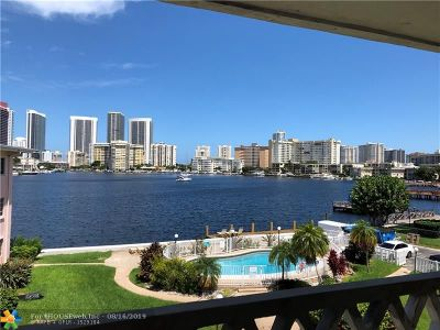 Hallandale Condo/Townhouse For Sale: 450 Golden Isles Dr #3e