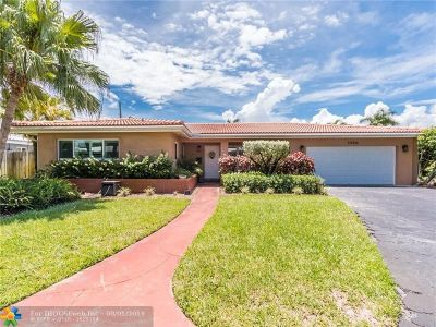 Fort Lauderdale Single Family Home For Sale: 1900 NE 53rd St