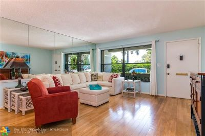 Fort Lauderdale Condo/Townhouse For Sale: 6009 Bayview Dr #6009