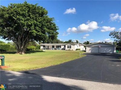 Davie Single Family Home For Sale: 12401 SW 12th St