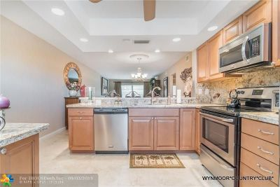 Coconut Creek Condo/Townhouse For Sale: 2202 Lucaya Bnd #H4