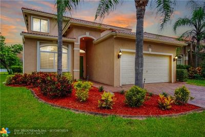 Coconut Creek Single Family Home For Sale: 3775 Pebblebrook Ct