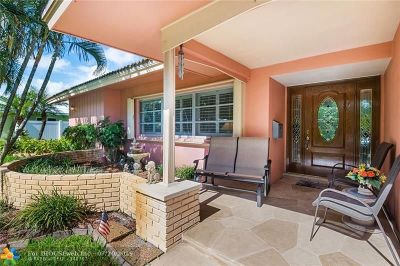 Boca Raton Single Family Home For Sale: 49 SW 10th Dr