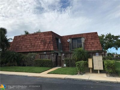 Deerfield Beach Condo/Townhouse For Sale: 2776 SW 15th St