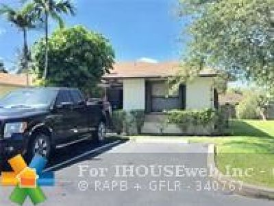 Sunrise Single Family Home Backup Contract-Call LA: 10944 NW 29th Ct