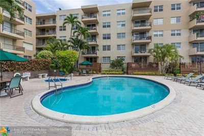 Pompano Beach Condo/Townhouse For Sale: 1421 S Ocean Blvd #318