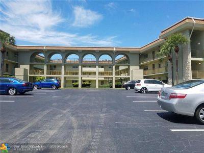 Boca Raton FL Condo/Townhouse For Sale: $158,400