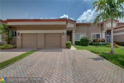 Tamarac Condo/Townhouse For Sale: 10180 Lombardy Dr #10180