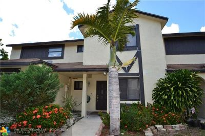 Lauderhill Condo/Townhouse Backup Contract-Call LA: 7431 NW 34th St #7431