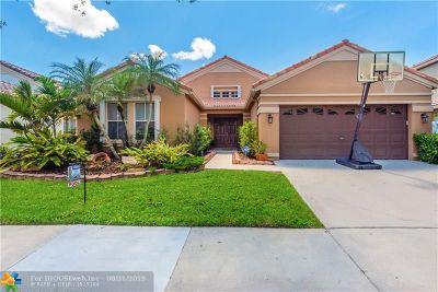 Weston Single Family Home For Sale: 629 Carrington Dr