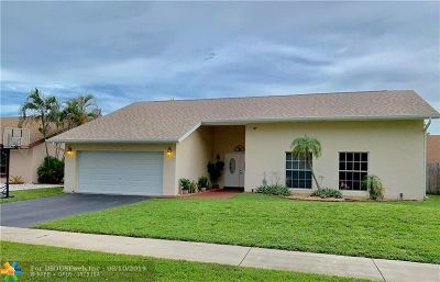 Pembroke Pines Single Family Home For Sale: 2331 NW 103rd Ave