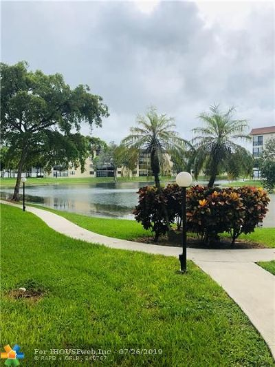 Tamarac Condo/Townhouse Backup Contract-Call LA: 4930 E Sabal Palm Blvd #205