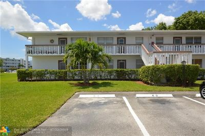 Deerfield Beach Condo/Townhouse For Sale: 41 Newport C #41