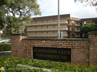 Plantation Condo/Townhouse For Sale: 6555 W Broward Blvd #104C
