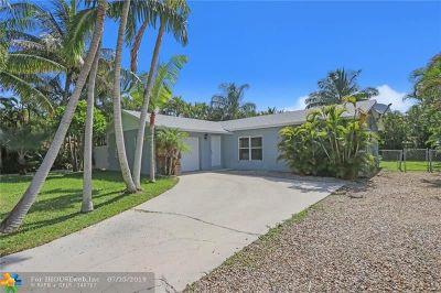 Palm Beach Gardens Single Family Home For Sale: 14326 Joan Dr