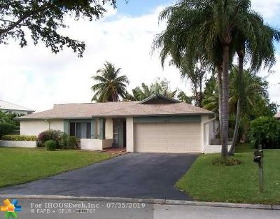 Coral Springs Single Family Home For Sale: 2400 NW 100th Ave