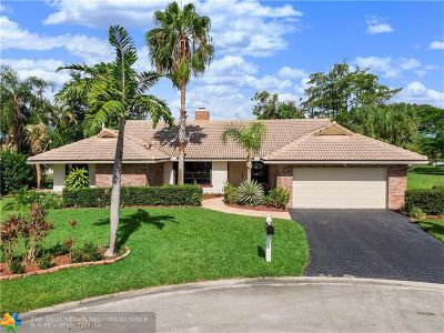 Coral Springs Single Family Home For Sale: 135 SW 101st Way