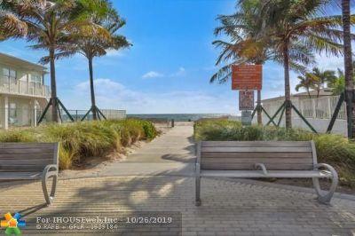 Pompano Beach Condo/Townhouse For Sale: 3401 SE 8th St #1