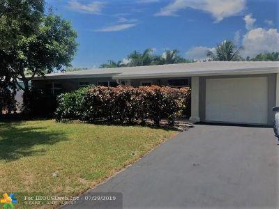 Pompano Beach Single Family Home For Sale: 841 SE 1st Ave