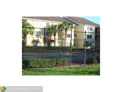 Coral Springs Condo/Townhouse For Sale: 9166 W Atlantic Blvd #1637