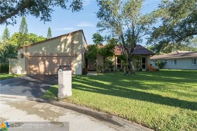 Coral Springs Single Family Home For Sale: 108 SW 89th Way
