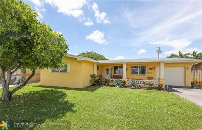 Pembroke Pines Single Family Home For Sale: 8520 NW 10th St