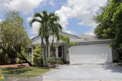 Sunrise Single Family Home For Sale: 960 SW 135th Way