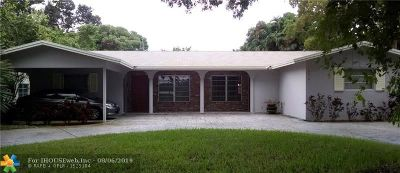Fort Lauderdale Multi Family Home For Sale: 5210 NE 14th Way