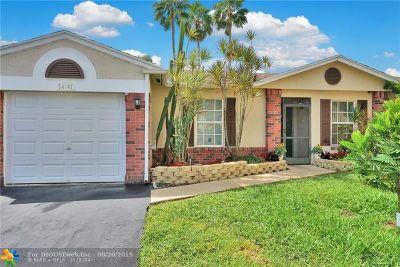 Davie Single Family Home For Sale: 14141 Langley Pl